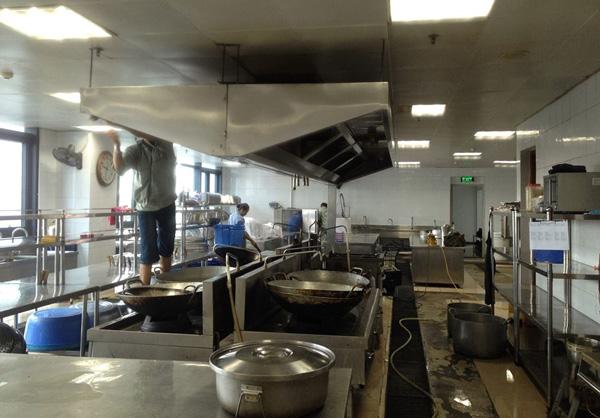 lắp đặt bếp công nghiệp
